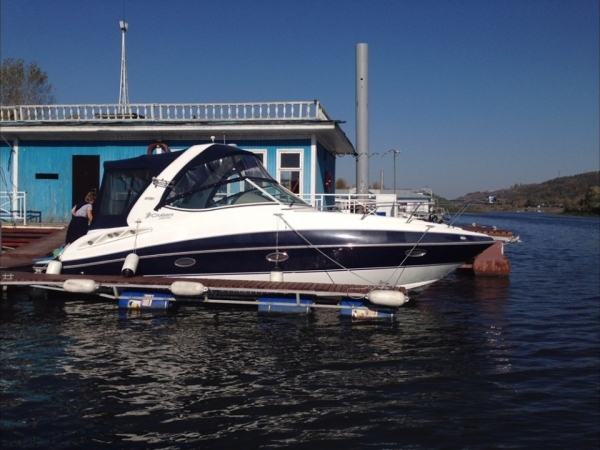 Cruisers Yachts 300 Express б/у